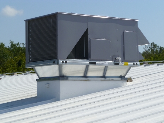 Roof Top Unit and Curb Adaptor